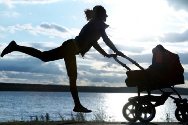 Zábava pro maminky, které nechtějí nechávat kočárek doma